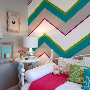 Traditional teen room in Boise for girls.