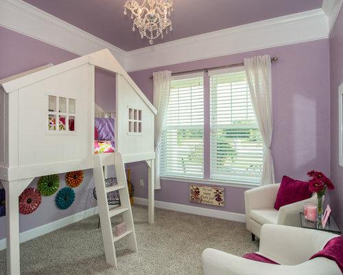 Foton och inredningsidéer till amerikanska barnrum, med lila väggar