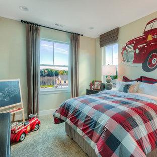 Esempio di una cameretta per bambini da 1 a 3 anni stile americano con pareti grigie e moquette
