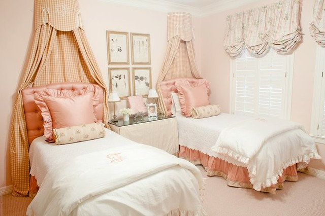 Traditional Kids by Munger Interiors