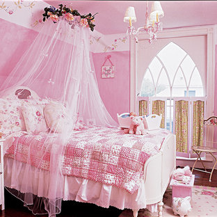 Неиссякаемый источник вдохновения для домашнего уюта: детская в классическом стиле с спальным местом для девочки