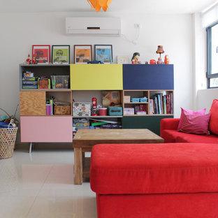 Inspiration pour une chambre d'enfant bohème avec un mur blanc.