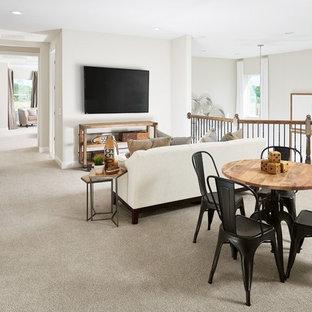 Foto de dormitorio infantil minimalista, grande, con paredes beige, moqueta y suelo beige