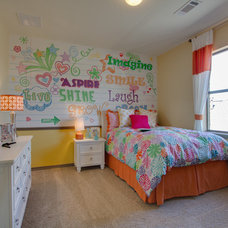 Traditional Kids by Newmark Homes