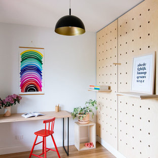 Design ideas for a contemporary kids' room in Melbourne.