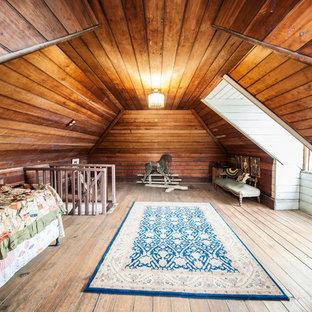 Idee per una cameretta per bambini da 4 a 10 anni tradizionale di medie dimensioni con pavimento in legno massello medio