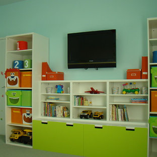 Example of a trendy kids' room design in San Francisco