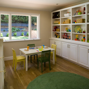 Example of an eclectic kids' room design in San Francisco