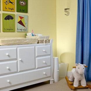 Immagine di una cameretta per bambini stile americano