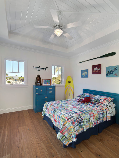 Inspiration For A Tropical Boy Medium Tone Wood Floor Kidsu0027 Room Remodel In  Miami With