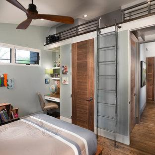 Kidsu0027 Bedroom   Mid Sized Contemporary Boy Medium Tone Wood Floor And Brown  Floor