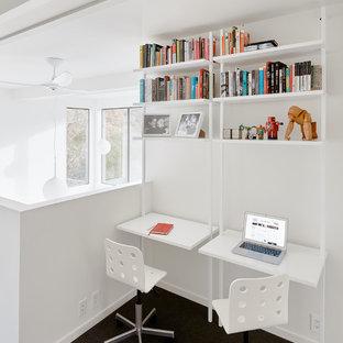 Foto de habitación infantil unisex minimalista con escritorio, paredes blancas, moqueta y suelo gris