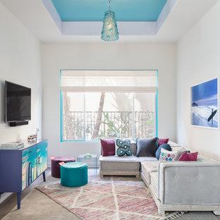 Пример оригинального дизайна: детская с игровой в стиле современная классика с белыми стенами, темным паркетным полом, коричневым полом и многоуровневым потолком
