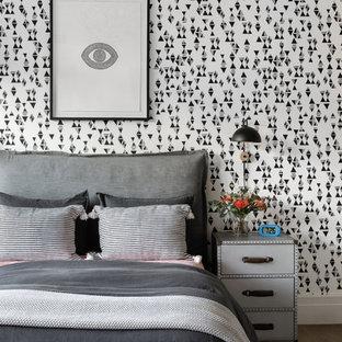 Ispirazione per una grande cameretta per bambini da 4 a 10 anni minimalista con parquet chiaro e pavimento beige
