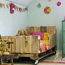 Eclectic Kids Pallet Toddler Bed