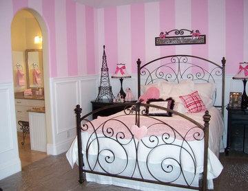 Paris Themed Teen Room