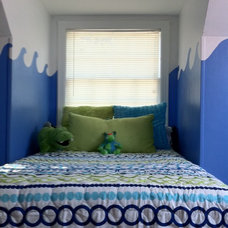 Eclectic Kids Park Hill Home - Kid Room