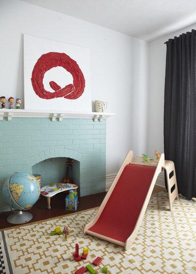Scandinave Chambre d'Enfant by Jenn Hannotte / Hannotte Interiors