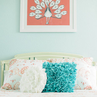 Example of a cottage chic kids' room design in San Diego
