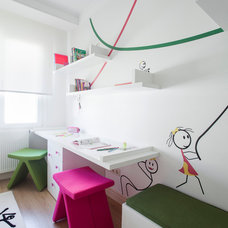 Contemporary Kids by Neslihan Pekcan/Pebbledesign