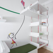 Modern Kids by Neslihan Pekcan/Pebbledesign