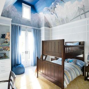 На фото: детская среднего размера в стиле модернизм с спальным местом, синими стенами, мраморным полом и белым полом для ребенка от 4 до 10 лет, мальчика