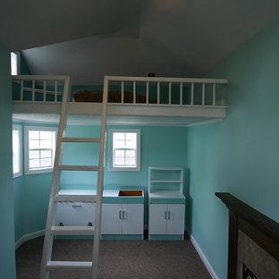 Cette image montre une chambre d'enfant craftsman.