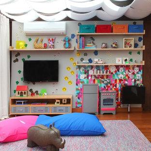 他の地域のトロピカルスタイルのおしゃれな遊び部屋の写真