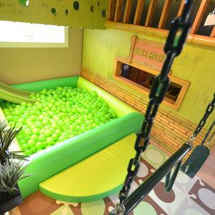 Idee per una stanza dei giochi tropicale
