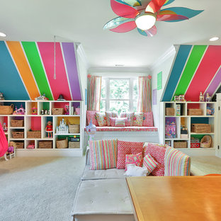 Idéer för stora vintage flickrum kombinerat med lekrum och för 4-10-åringar, med heltäckningsmatta