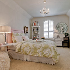 traditional kids by Lori Rourk Interiors Inc.