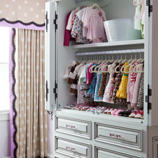 Eclectic Kids by Red Leaf Interiors, LLC
