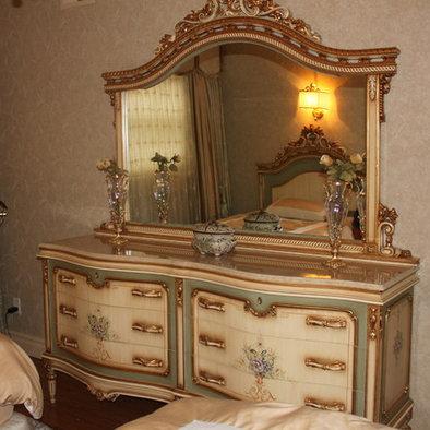 """""""antique ? bedroom ? chandelier ? crea"""". """"Teen Bedroom...teens ..."""