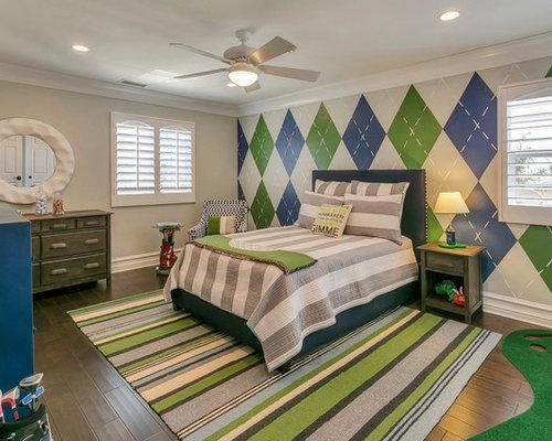 Example Of A Mid Sized Transitional Boy Medium Tone Wood Floor Kidsu0027  Bedroom Design