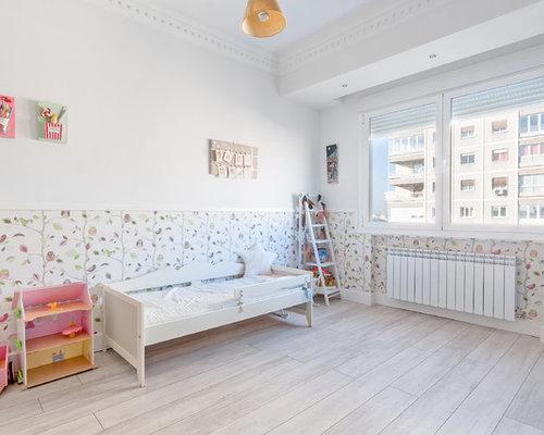 imagen de dormitorio infantil de a aos clsico renovado de tamao medio