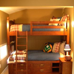Immagine di una cameretta per bambini da 4 a 10 anni country con moquette