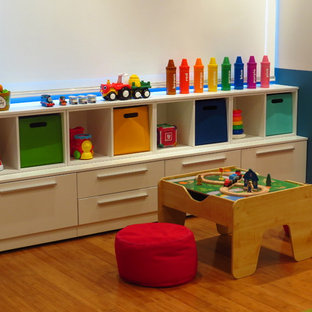 Robot Toddler room