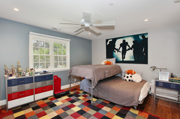 Traditional Kids by Savvy Interiors