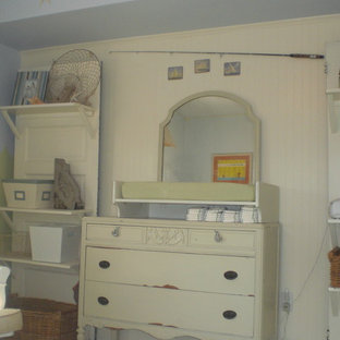 Inspiration for a shabby-chic style kids' room remodel in Philadelphia