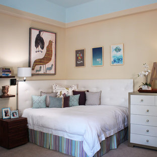 Teen room - contemporary girl teen room idea in Phoenix