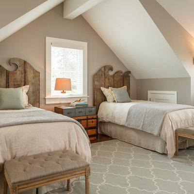 Kids' bedroom - mid-sized coastal gender-neutral dark wood floor and brown floor kids' bedroom idea in New York with gray walls
