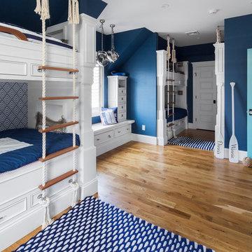 Summer House In Blue Custom Home - Kids Bunkroom