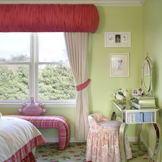 Traditional Kids by Sheila Rich Interiors, LLC