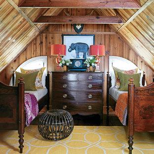 Modelo de dormitorio infantil clásico con suelo de madera oscura