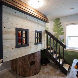 Ejemplo de dormitorio infantil de 4 a 10 años, campestre, pequeño, con paredes marrones, moqueta y suelo gris