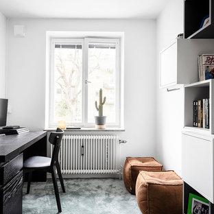 Пример оригинального дизайна: детская среднего размера в скандинавском стиле с спальным местом, белыми стенами, ковровым покрытием и бирюзовым полом для подростка, мальчика