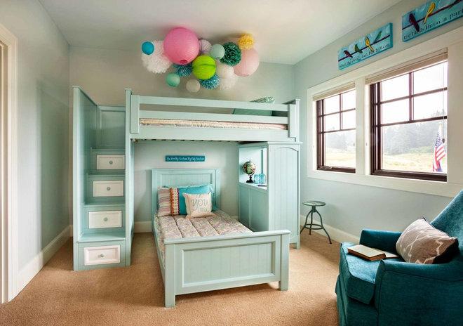 Traditional Kids by Garrison Hullinger Interior Design Inc.