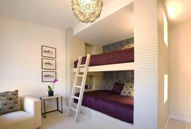 Modern Bedroom by KKAD