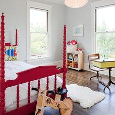 Contemporary Kids by Jessica Helgerson Interior Design