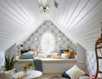 Tween Attic Hangout Space
